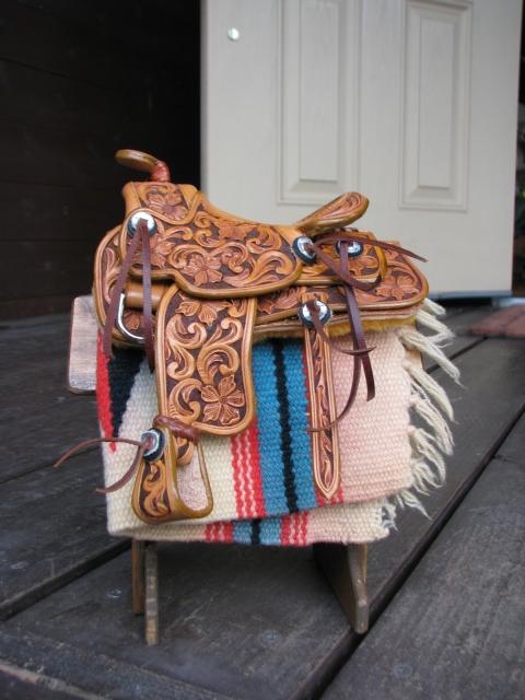 saddle02g