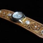watch02b
